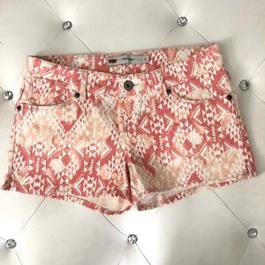 NEW Levi's Tribe Vibe Aztec Shorty Shorts 3